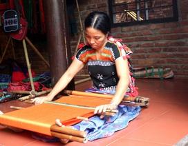Giao lưu, trưng bày sản phẩm tơ lụa thổ cẩm truyền thống 2018