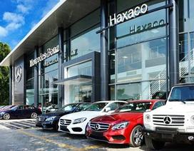 """Tiêu thụ Mercedes kỷ lục, đại gia buôn xe chưa """"vừa ý"""" cổ đông"""