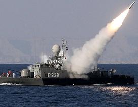 Iran rục rịch tập trận quy mô lớn, Mỹ lo nguy cơ đóng eo biển Hormuz