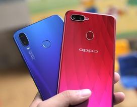 """Huawei Nova 3i """"đọ"""" Oppo F9: Kẻ tám lạng người nửa cân"""