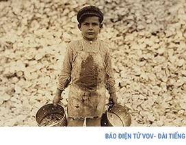 Xót xa cảnh lao động trẻ em mưu sinh ở Mỹ đầu thế kỷ 20