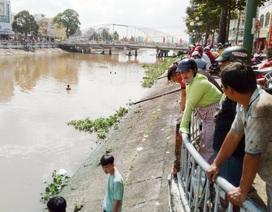Vừa đến trường, nữ sinh lớp 9 bất ngờ ra nhảy sông mất tích