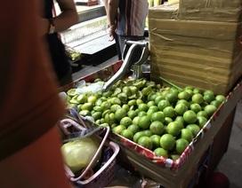 Bỏ túi vài chục triệu đồng/tháng nhờ bán chanh muối ở chợ đêm Thái Lan