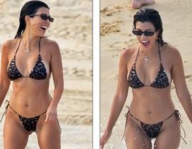 Kourtney Kardashian sexy với bikini