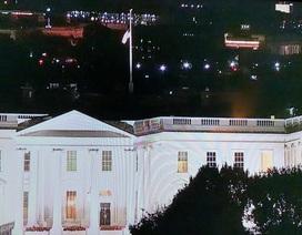 Nhà Trắng treo cờ rủ tưởng nhớ Thượng nghị sĩ John McCain