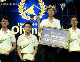 Vào đến Chung kết năm Olympia, Tân Nhật được Giám đốc Sở trao thưởng