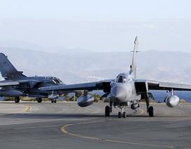 Nga chỉ trích Anh chặn máy bay chiến đấu trên Biển Đen
