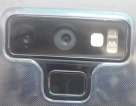 """""""Tá hỏa"""" phát hiện camera Galaxy Note9 bị lệch dù còn mới tinh"""