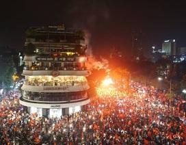 Việt Nam - Đêm không ngủ mừng chiến thắng lịch sử