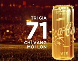 Coca-Cola tặng lon Việt Nam vô địch bằng vàng cho Olympic Việt Nam