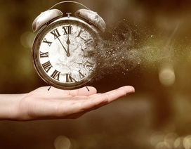 Đã có mô hình toán học của cỗ máy thời gian?