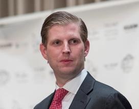 Gia đình Tổng thống Trump bị đe dọa bằng bột trắng bí ẩn