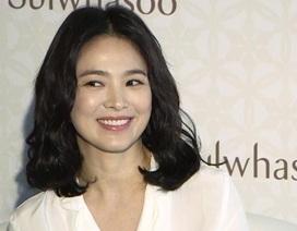Song Hye Kyo duyên dáng và xinh đẹp tại Hồng Kong