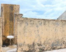 Quảng Ngãi: Nỗi lo nhà vệ sinh trường học xuống cấp