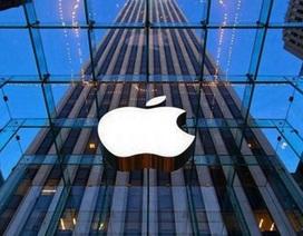 """""""Cha đẻ"""" Apple nói gì khi công ty vượt mốc giá trị nghìn tỷ USD?"""