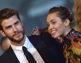 Miley Cyrus và Liam Hemsworth: Cứ yêu thôi, không cần cưới!