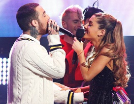 """Ariana Grande bị """"công kích"""" sau khi Mac Miller đột tử"""