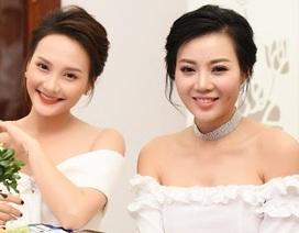 Thanh Hương khoe vai trần, tiết lộ cảnh bị cưỡng hiếp tập thể đầy ám ảnh