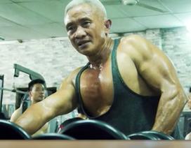 """""""Cụ ông"""" 62 tuổi biểu diễn hít đất, đu xà, nâng tạ khiến Quyền Linh """"khóc thét"""""""