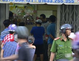 Thanh niên bị bắn gục khi đang ngồi nhậu trong nhà