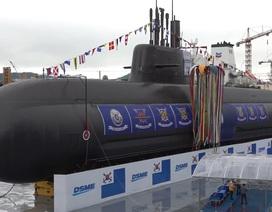 """Hàn Quốc """"trình làng"""" tàu ngầm tự đóng đầu tiên"""
