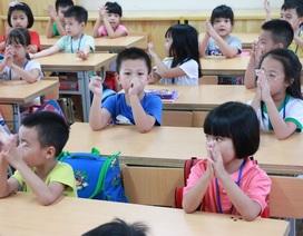 Học sinh Hà Nội học 4 ngày/tuần vì quá tải: Đề xuất 3 phương án giải quyết