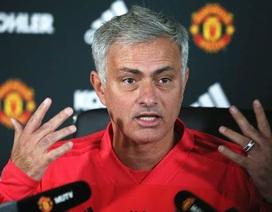 """Mourinho: """"Pogba chưa từng đề cập đến việc rời Man Utd"""""""