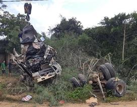 Khởi tố vụ xe bồn đâm xe khách làm 13 người chết ở Lai Châu