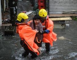 Rời Philippines, siêu bão Mangkhut càn quét Hong Kong