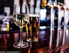 Có thể thoải mái thưởng thức bia, rượu vang và sô cô la mà vẫn sống lâu?