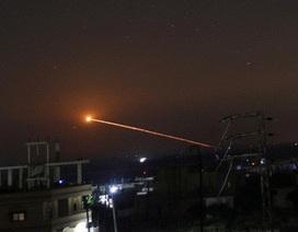 Israel bị nghi phá hủy máy bay chở vũ khí chi viện của Iran tại Syria