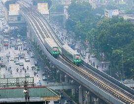 Đoàn tàu đường sắt Cát Linh - Hà Đông băng băng qua các nhà ga