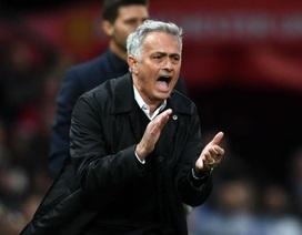 Mourinho kể thành tích quá khứ để mong được tôn trọng