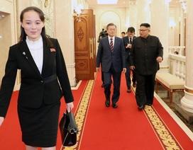 Em gái tất bật tháp tùng ông Kim Jong-un tại thượng đỉnh liên Triều