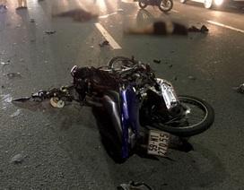 Chạy xe sai làn, đôi nam nữ tử nạn trên cầu Sài Gòn