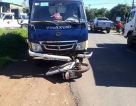 Tránh xe máy cày, người đàn ông bị xe tải tông tử vong