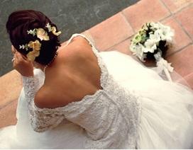 Tôi có bầu trước khi cưới, mẹ chồng muốn rước dâu vào nhà bằng cửa sau vì sợ xúi quẩy