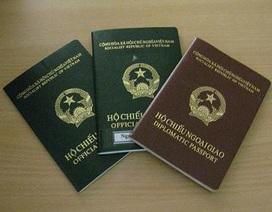 Cán bộ Hà Nội dùng hộ chiếu công vụ sai quy định có thể bị xử lý hình sự