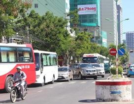 Nha Trang: Du khách tăng, đau đầu vì kẹt xe trên tuyến đường ven biển