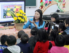 """Bộ trưởng Phùng Xuân Nhạ: """"Tránh tình trạng hợp đồng giáo viên theo mùa vụ, theo tiết học"""""""