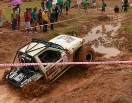 Giải đua xe ô tô địa hình Việt Nam 2018 sôi nổi khởi tranh