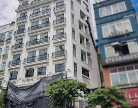 """Hà Nội: Lãnh đạo quận nói về công trình """"khủng"""" sai phép nằm sát trụ sở phường"""
