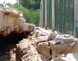 Bắc Giang: Kè chục tỷ vừa xây xong đã sạt, doanh nghiệp phải chịu toàn bộ chi phí khắc phục!