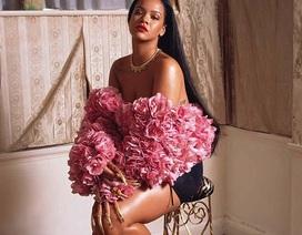 Rihanna tái xuất xinh đẹp