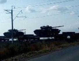 Báo Anh: Nga điều 1.000 xe tăng tới gần biên giới Ukraine