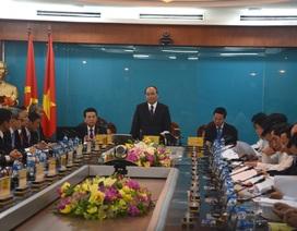 Thủ tướng Nguyễn Xuân Phúc: Việt Nam cần tiến hành số hoá quốc gia càng nhanh càng tốt