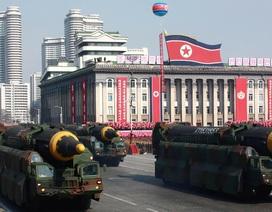 Hàng nghìn binh sĩ Triều Tiên tập kết duyệt binh kỷ niệm quốc khánh
