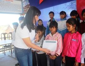 Trao 120 suất học bổng Grobest VN đến học sinh nghèo Gia Lai