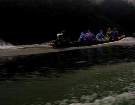 Truy đuổi lâm tặc trong đêm khuya ở thượng nguồn sông Hương