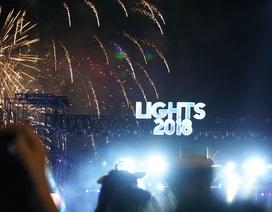 Người dân mãn nhãn với bữa tiệc pháo  hoa chào đón năm mới 2018